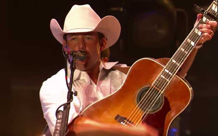 Music Friday: Aaron Watson Pens a Love Letter to His Little Girl in 'Diamonds and Daughters'