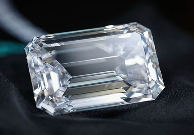 163-Carat D-Flawless Diamond Is the Largest Ever to Appear at Auction