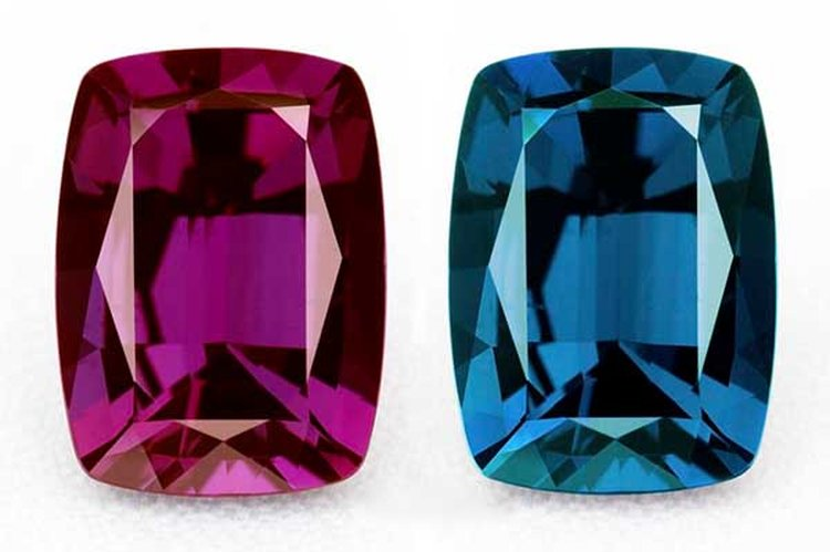 'Whitney Alexandrite' Is a Superb Example of June's Color-Change Birthstone
