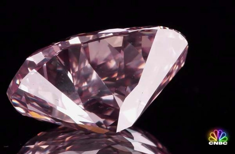 CNBC Documents the Re-Polishing of 5-Carat Pink Diamond, Doubling Its Value